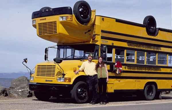اتوبوس دو چهره در آمریکا