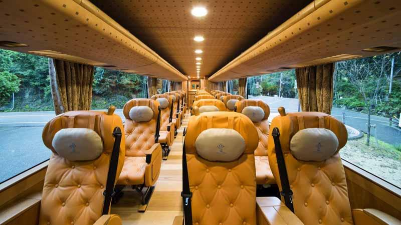 چرا باید با اتوبوس سفر کنیم؟