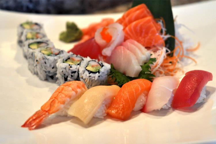 سوشی و ساشیمی ,تفاوتدو غذای پرطرفدار که هردو غذا ماهی خام است